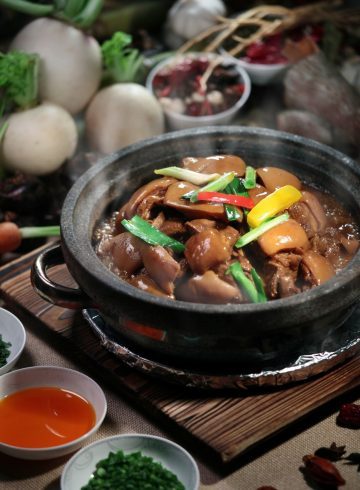 asian-clay-pots