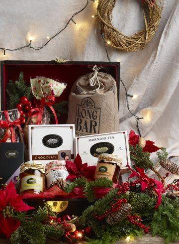 festive-hampers-at-the-raffles-gift-shop