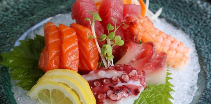 socmed-square-inroom-sashimi-01