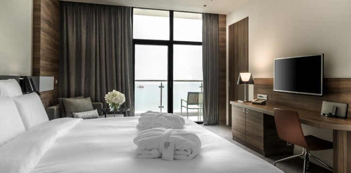 sea-view-suite
