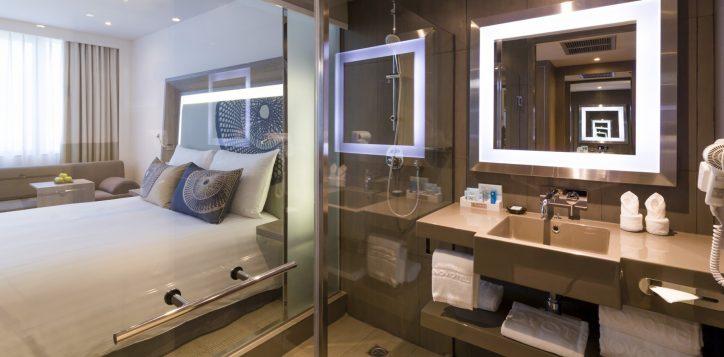 novotel-bangkok-bangna-hotel-executive-room-image02