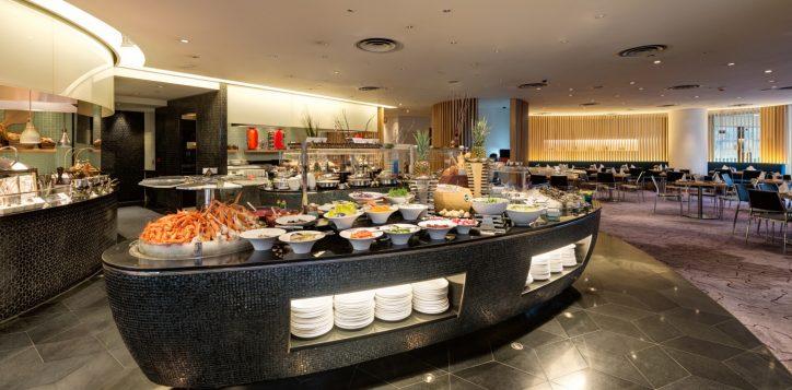 restaurants-and-bar