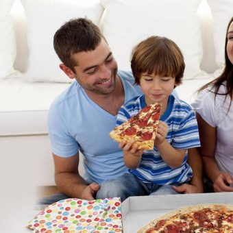 family-pizza
