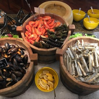 buffet-with-great-seafood
