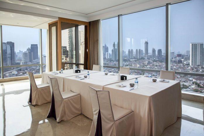 raffles-private-suite-meetings