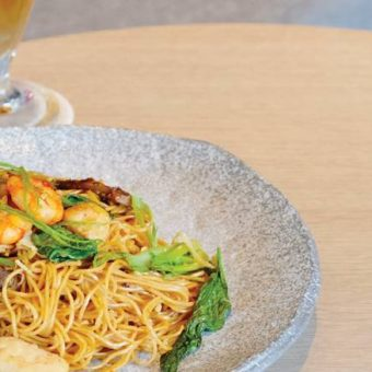 chefs-special-hong-kong-fried-noodle