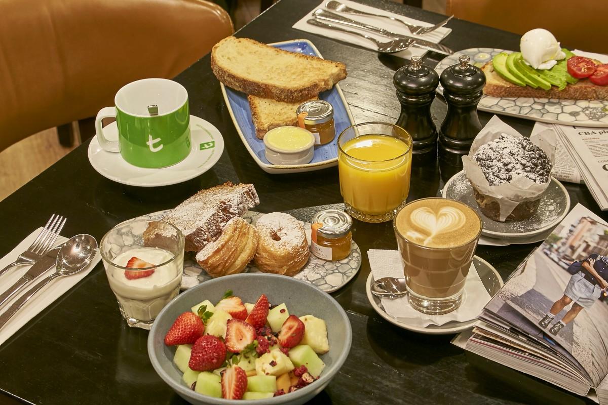 breakfast-at-beccaria