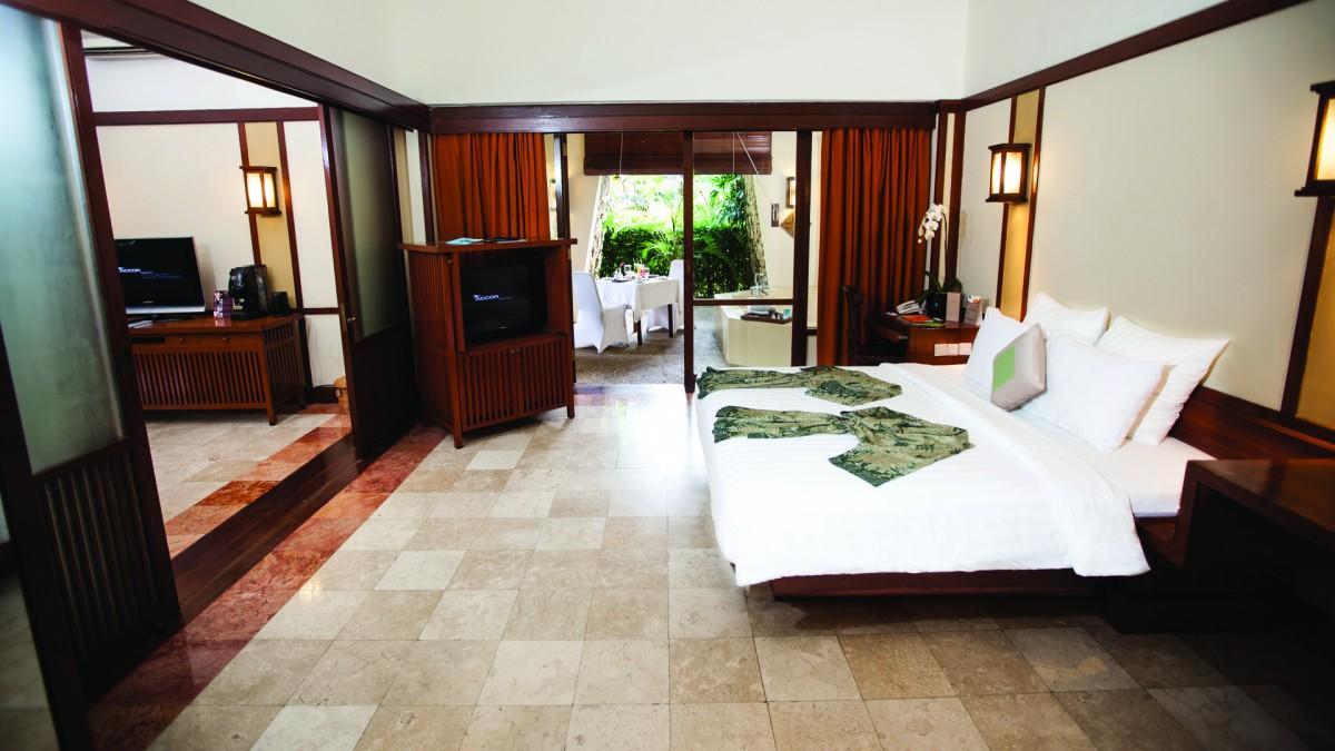 Novotel Bogor Golf Resort Amp Convention Center Suite Room