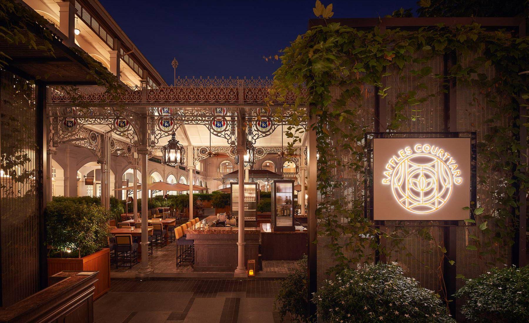 Raffles Singapore  - Raffles Courtyard
