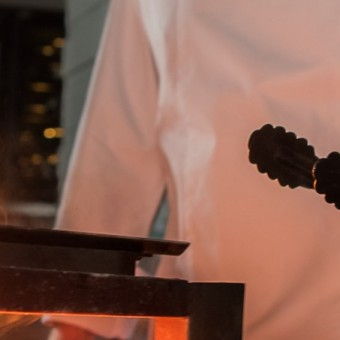 live-fire-grill-at-scarlett-wine-bar-restaurant