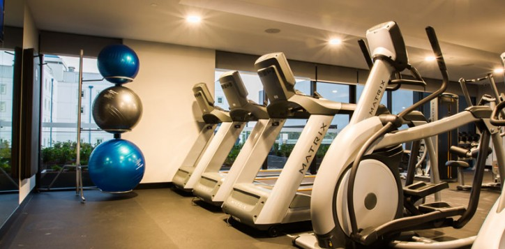 fit-lounge-5