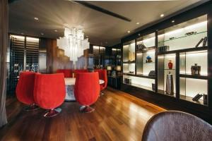 Corniche Ultra Lounge