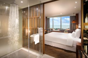 Pullman Vung Tau Deluxe Room 5 stars hotel; Pullman Vung Tau 5 stars hotel Beach