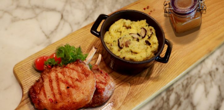 vung-tau-baked-pork-chop-for-december