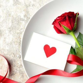 romantic-valentine-dinner