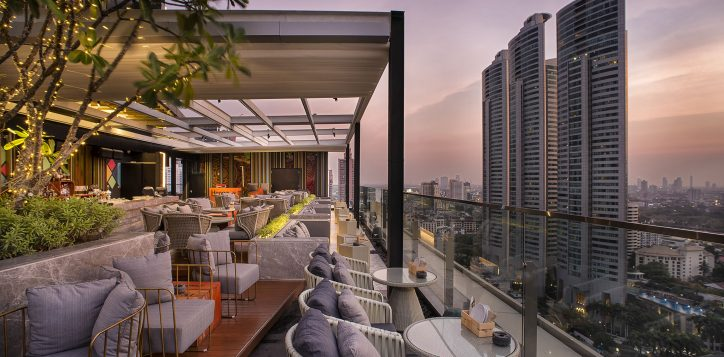 sky-on-20-rooftop-bar