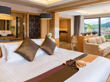 superior-suite-with-1-king-bed