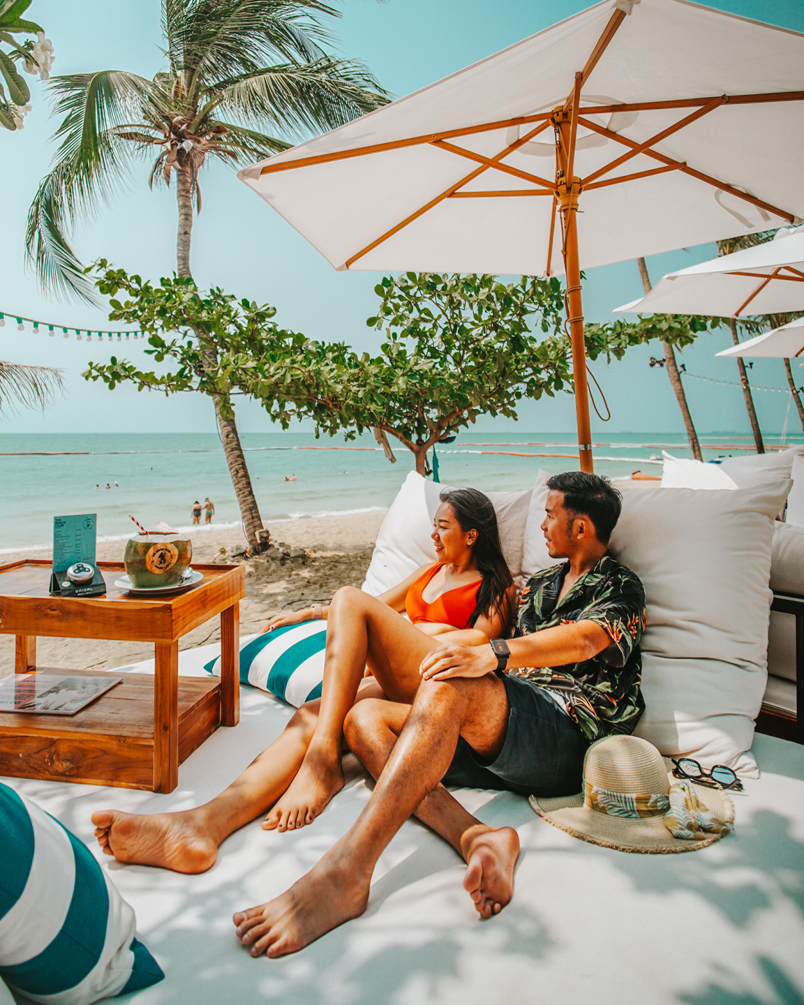 EAT AT THE BEACH CLUB AND GET A FREE NIGHT STAY