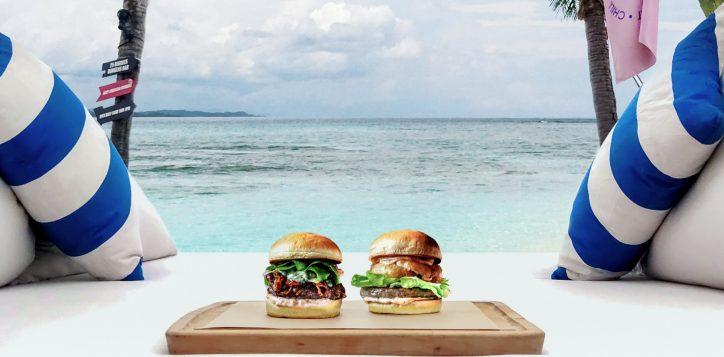 sun-sea-burgers-in-bed