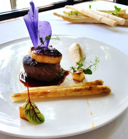white-asparagus-delights