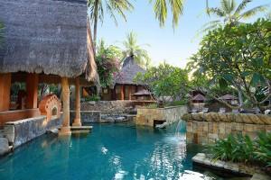 garden-pool-villa