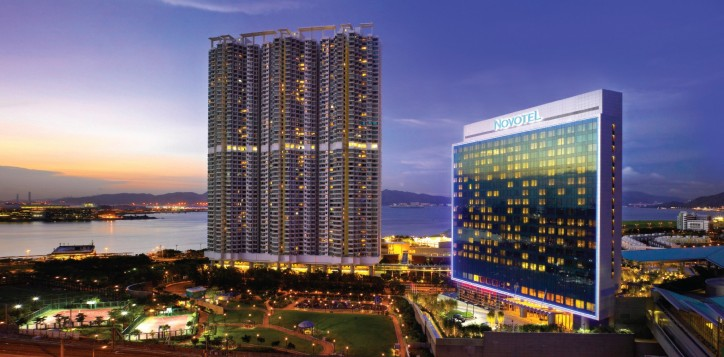 prosecco-and-champagne-andante-restaurants-and-bars-novotel-citygate-hong-kong-tung-chung