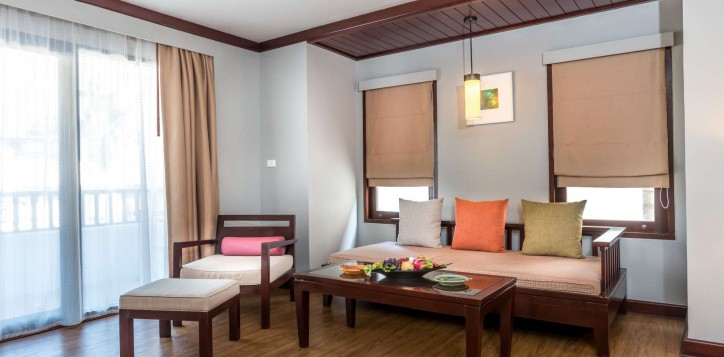 deluxe-family-room-beach-side
