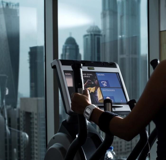 kick-start-your-2017-at-pullman-dubai-jumeirah-lakes-towers-fit-and-spa-lounge