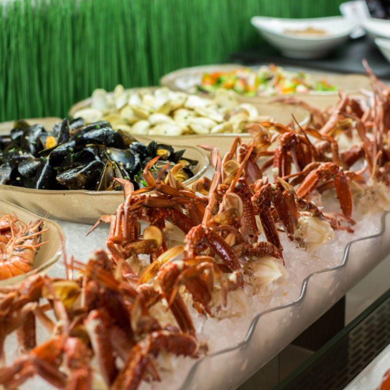 seafood-night