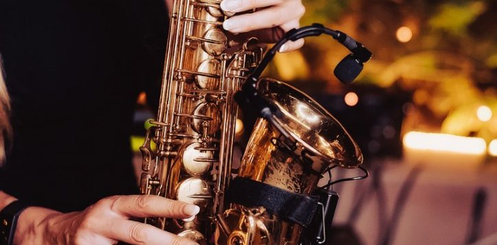 saxophone-wednesdays-la-vue