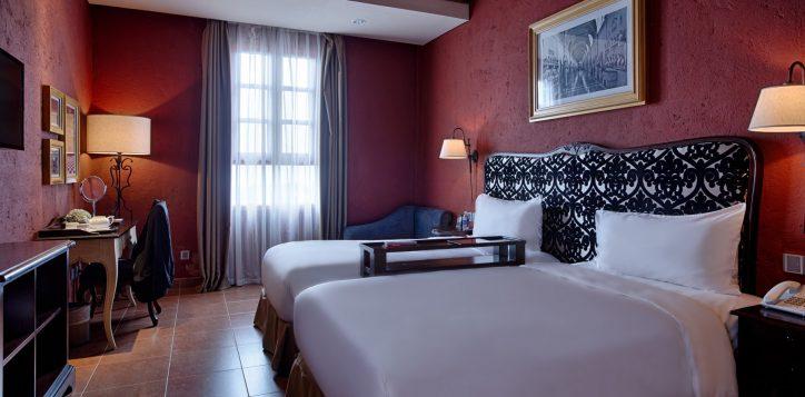 room_suites_standard-twin-2
