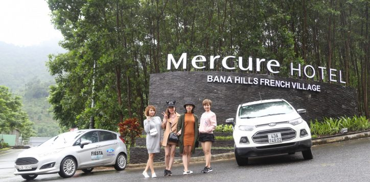 a-special-trip-of-the-club-lady-car-to-bana-hills
