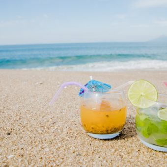 happy-hour-edge-beach-club