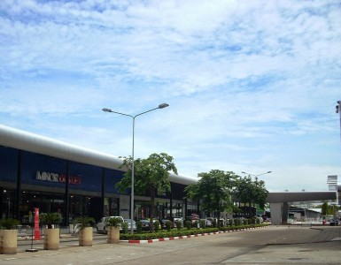 outlet-square-muang-thong