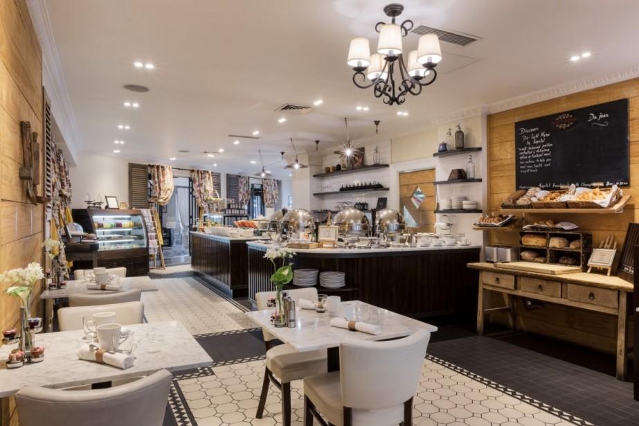 left-bank-cafe