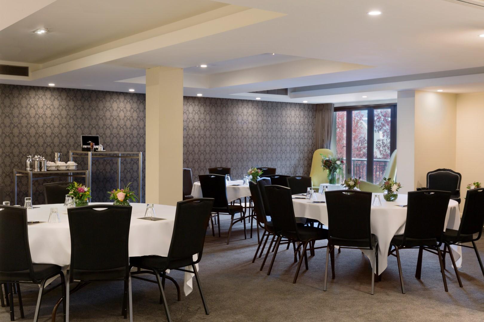 The-Ambassador-Room-Banquet-4MB-Large.jpg