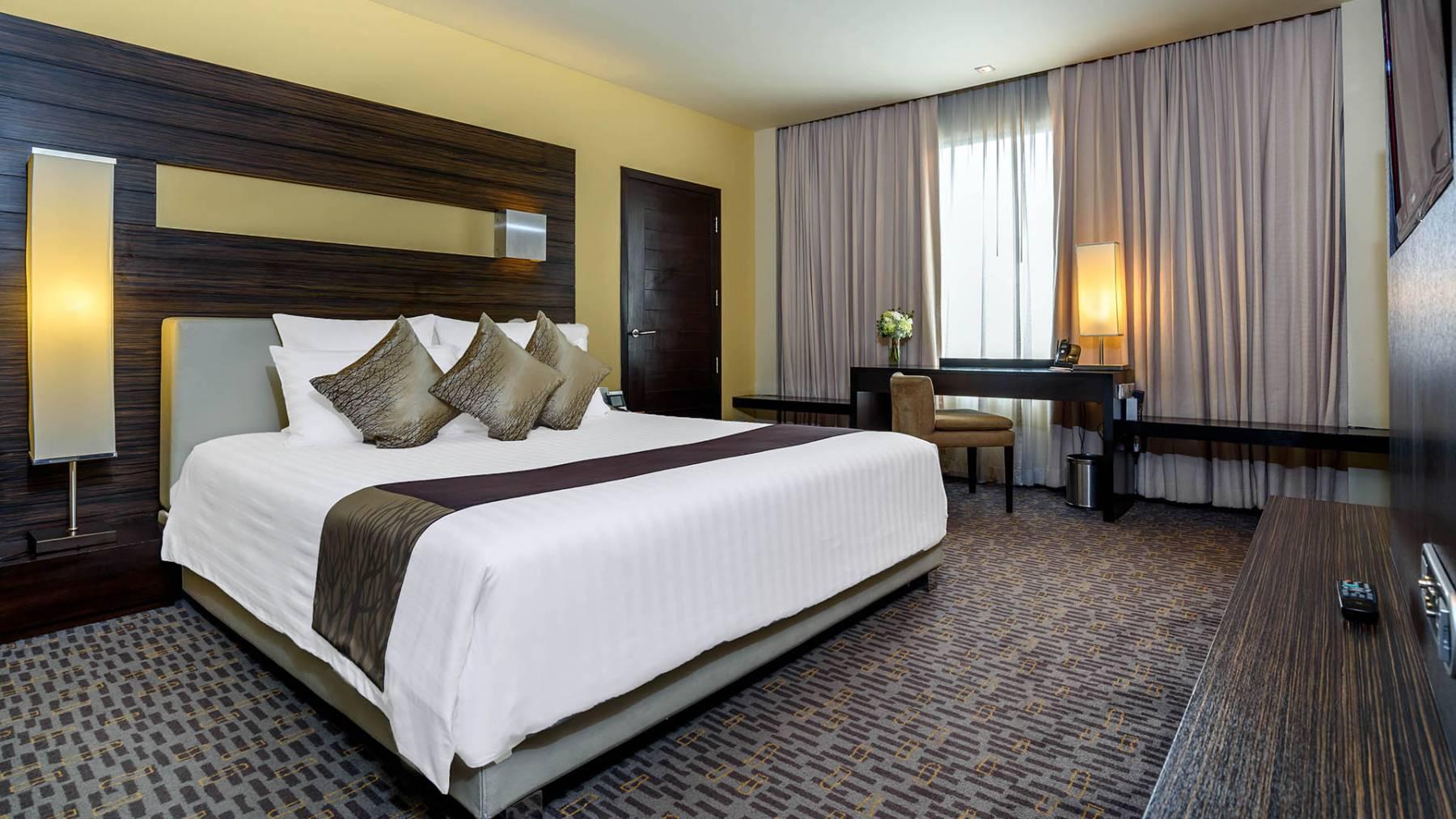 Guest Rooms Siam Suite 12 Novotel Bangkok On Siam Square