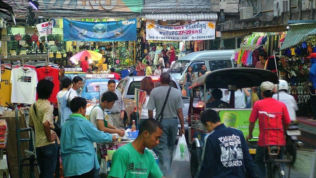 Bangkok Halal Food Guide - 20 Must Try - AroiMakMak | Your