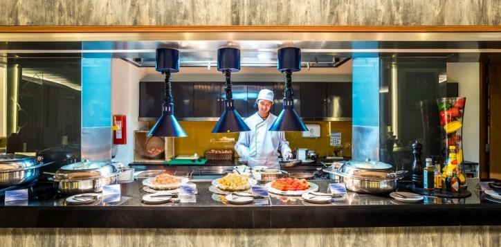 best-buffet-in-phuket