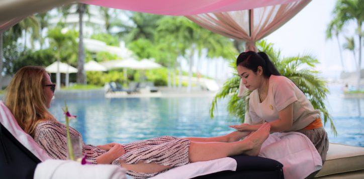 in-balance-pool-massage