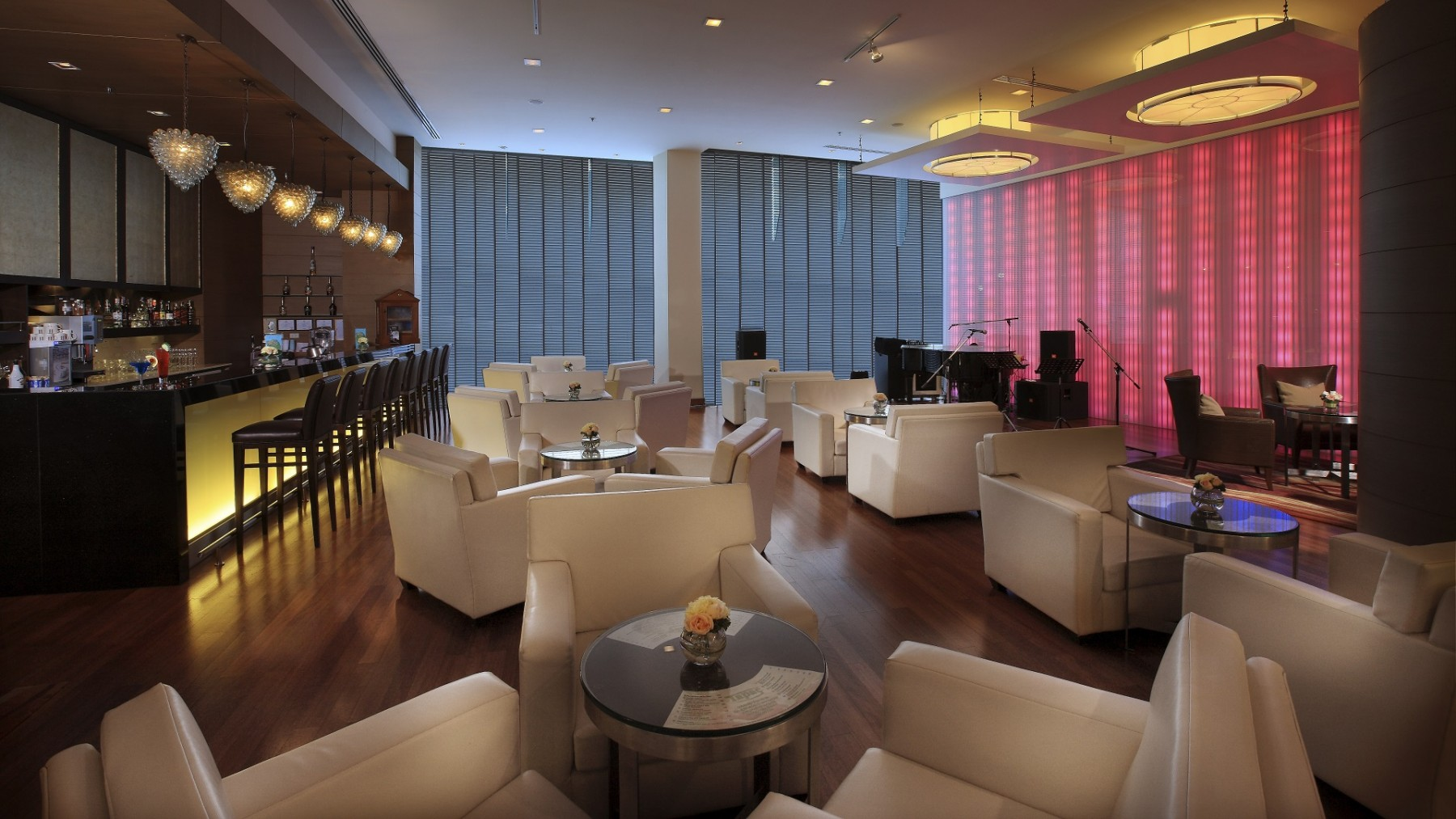 petrus-lobby-bar