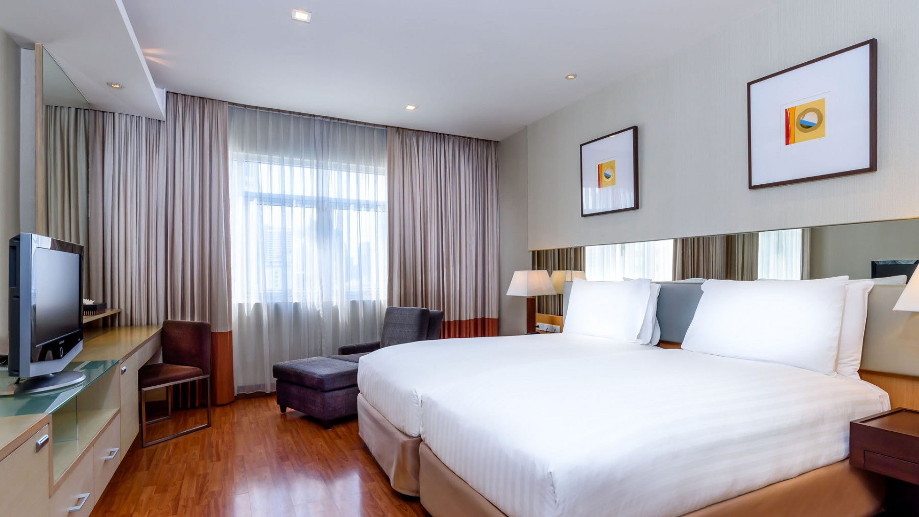 Grand Sukhumvit Hotel Bangkok Deluxe Twin Beds