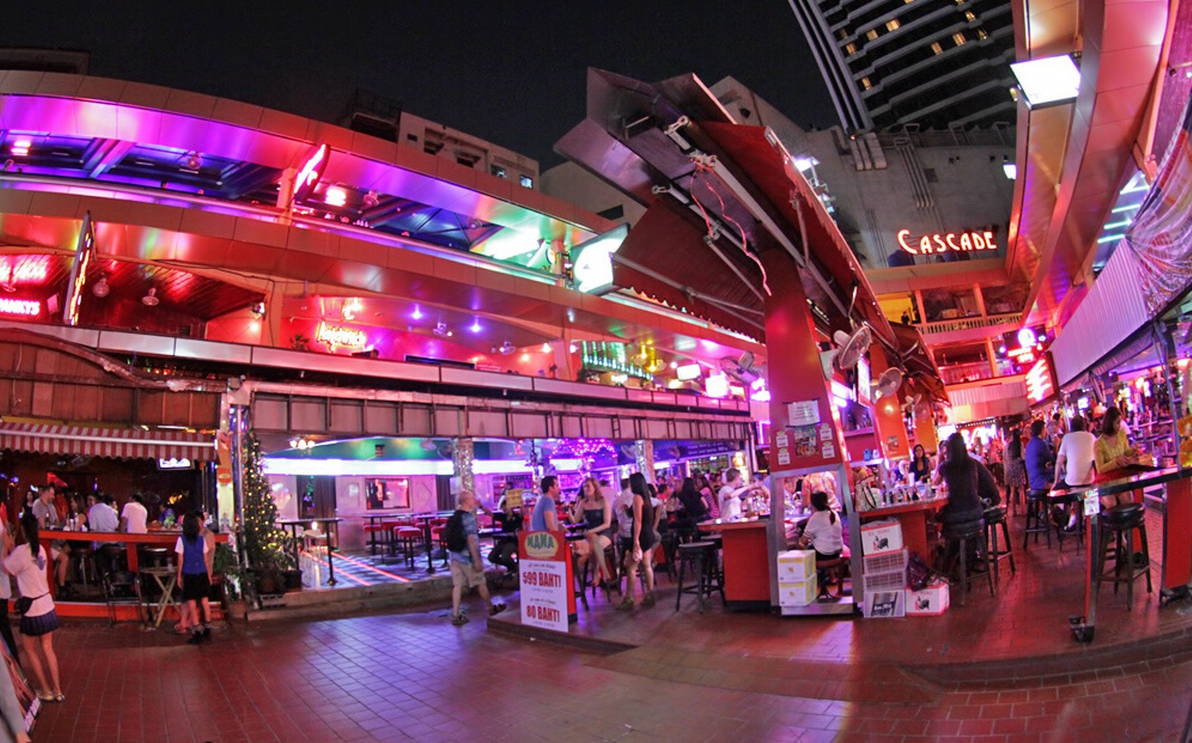 Sukhumvit soi 4 nana bangkok sm hub for What is the soi