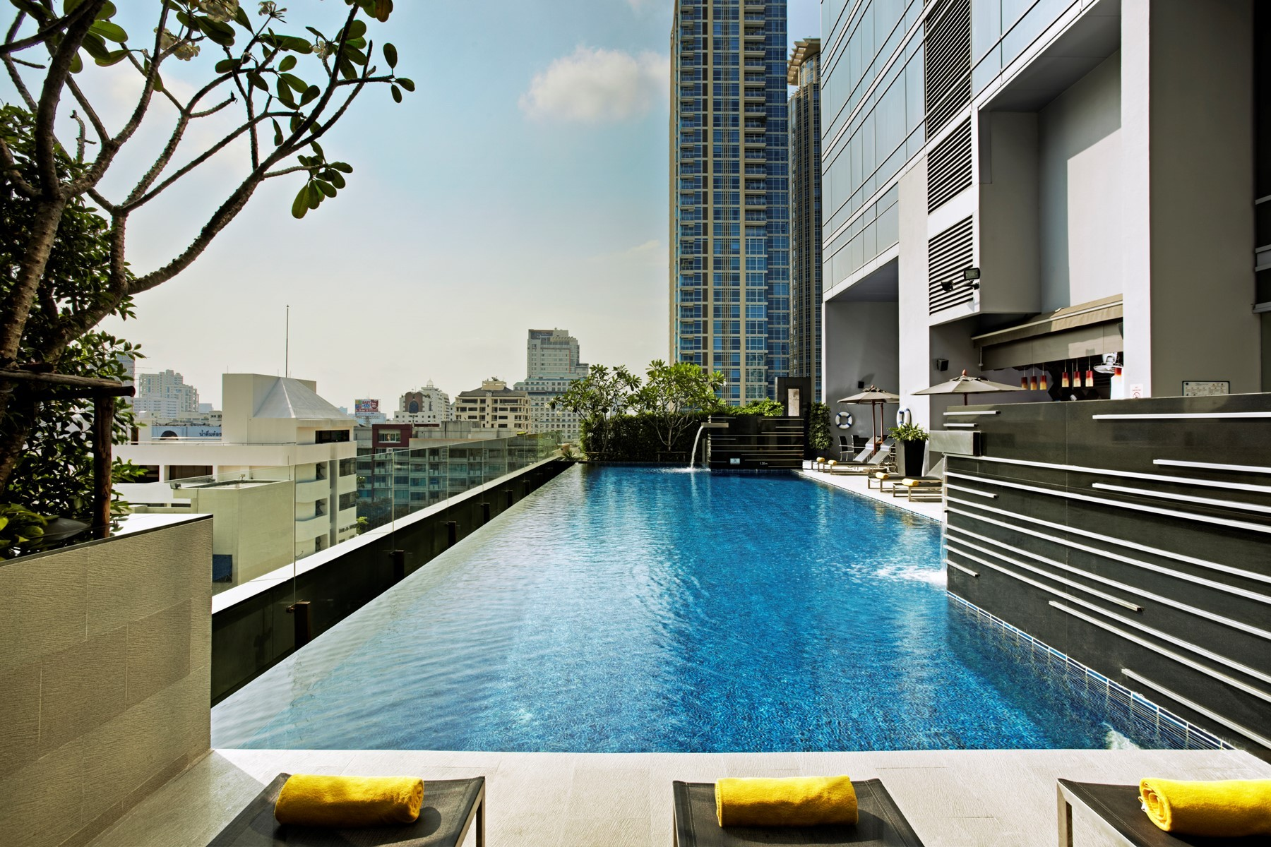 Bangkok Hotel With Swimming Pool Novotel Bangkok Ploenchit