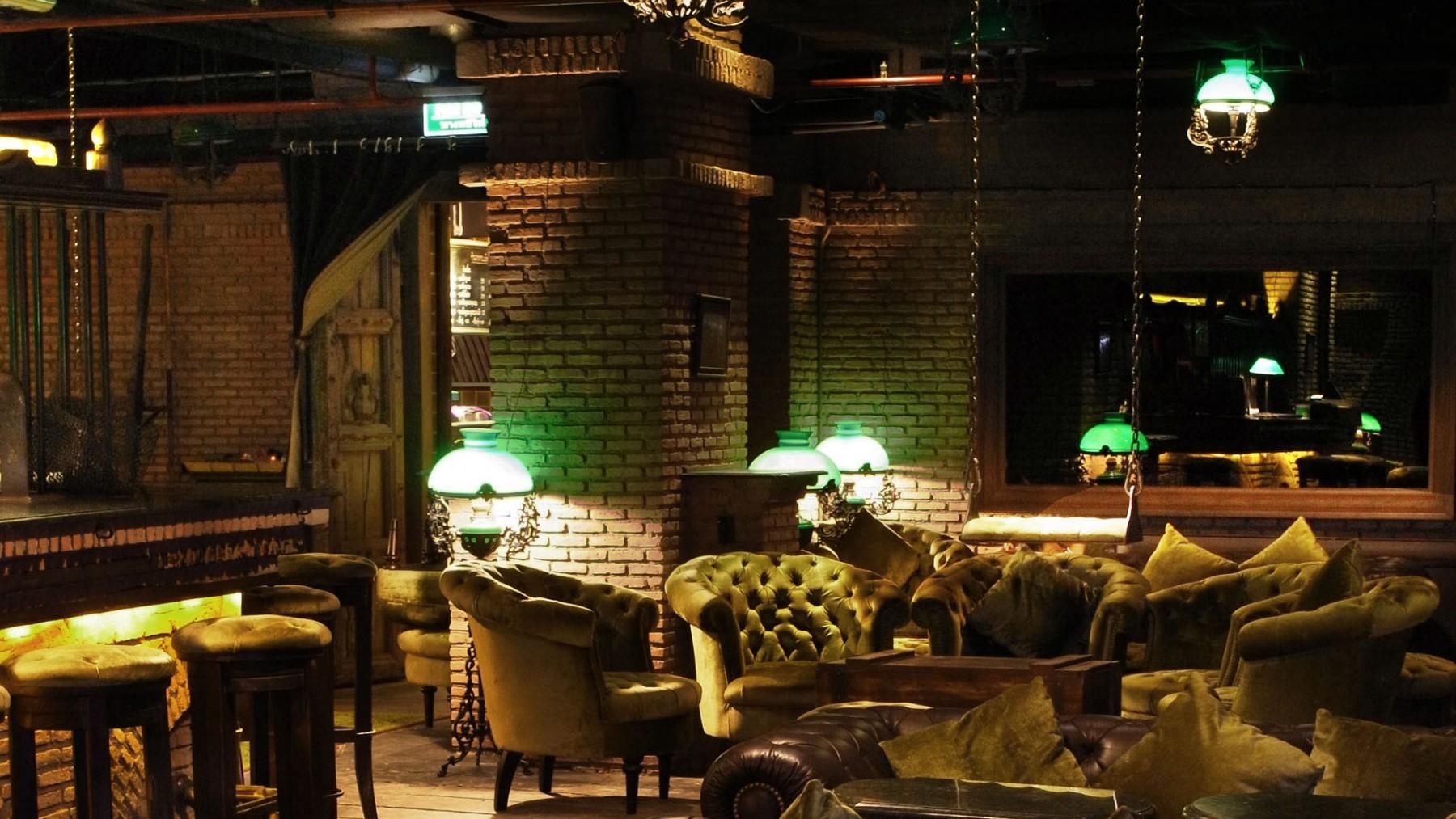Bangkok Nightlife has found a new home: Maggie Choos — Stephanie Rowe