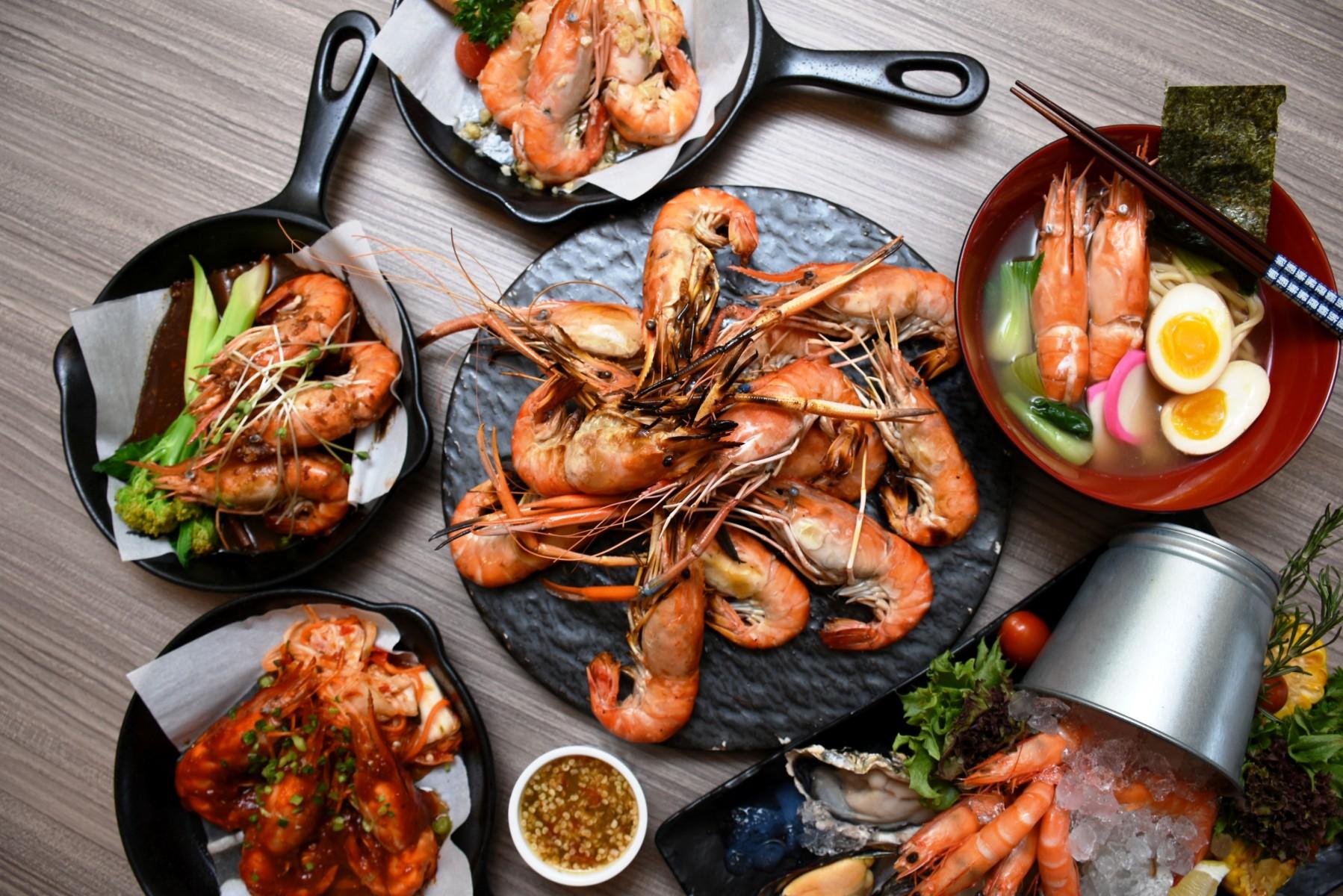 blue crab dinner buffet promotion