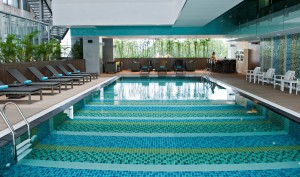 fitness pool in Novotel Saigon