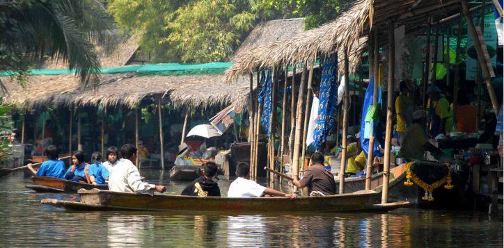 bang-nam-pheung-floating-market