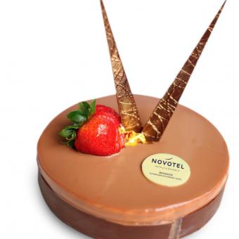 milk-chocolate-mousse-cake