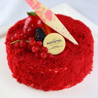 red-velvet-cheese-cake